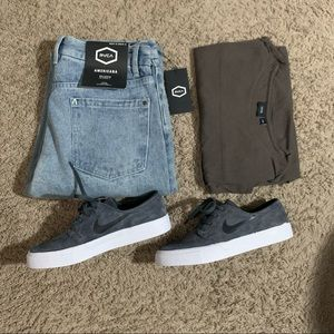 Rvca America relaxed fit  jeans 32x31